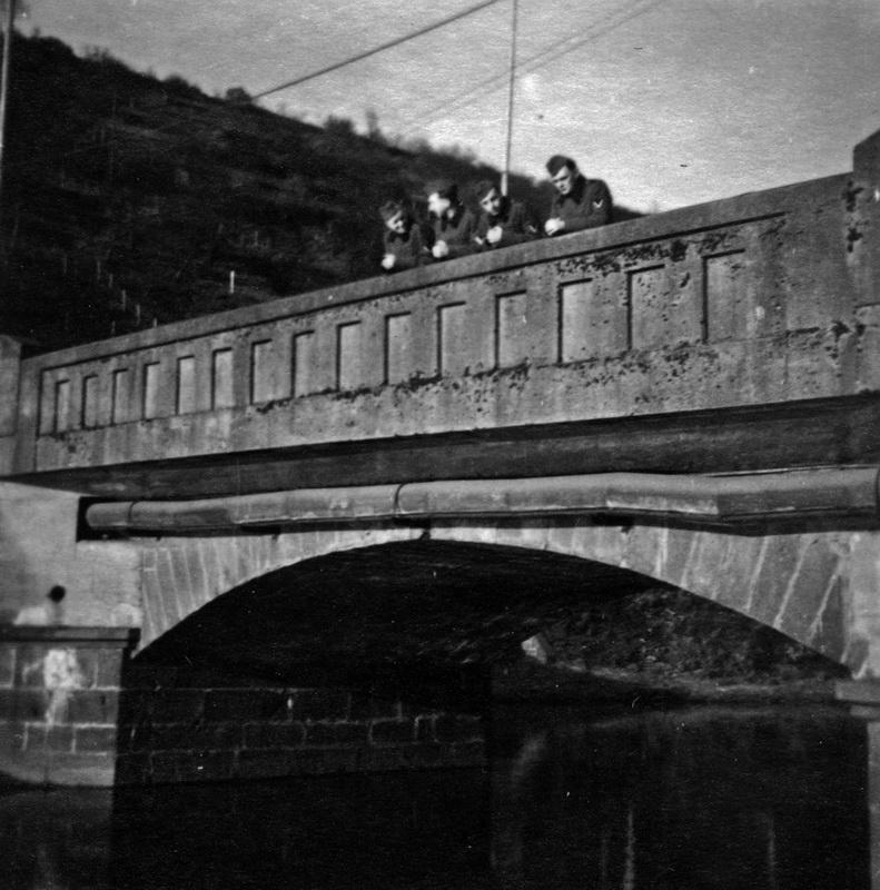 1945 - Soldaten auf der Kyllbrücke