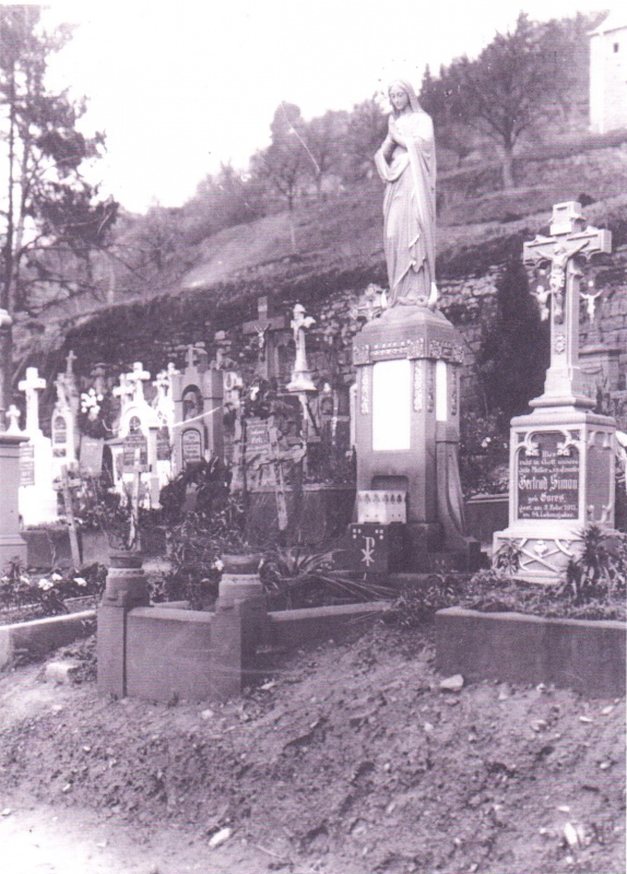 1910.Friedhof Maximin_1.jpg
