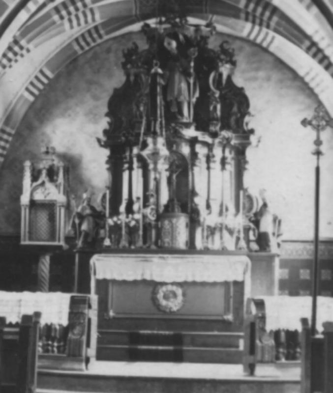 Alt Maximin Altar.jpg