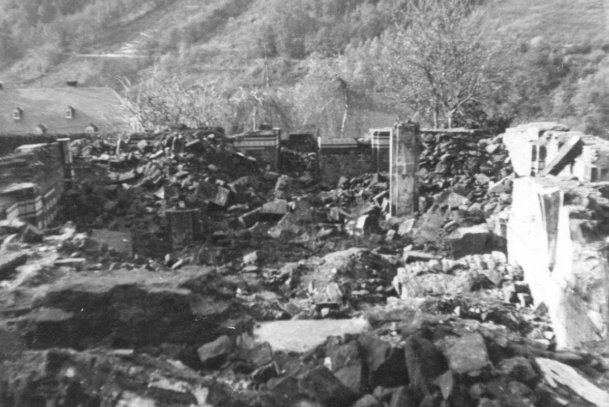 Maximin Ruine3.jpg