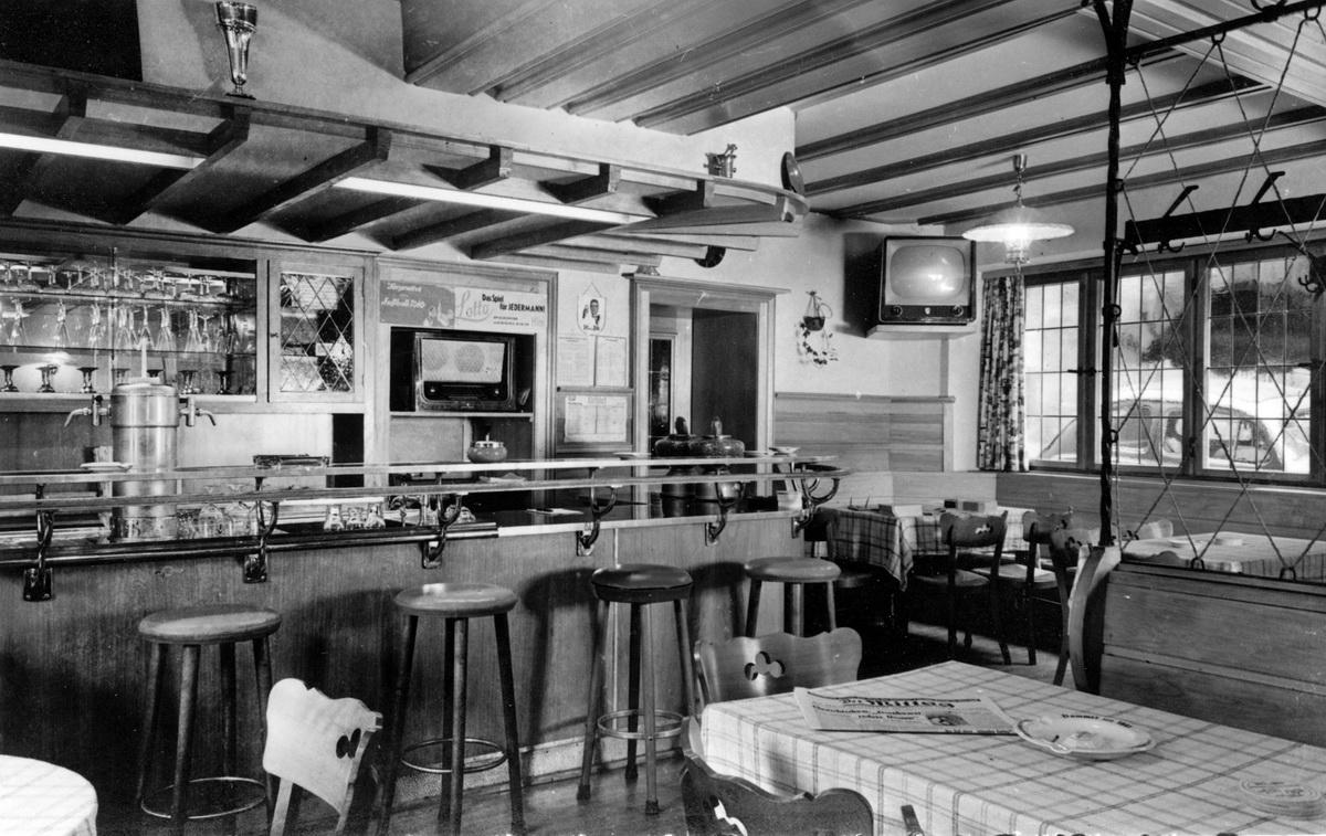 1961-Hotel-zur-Post-Innenraum