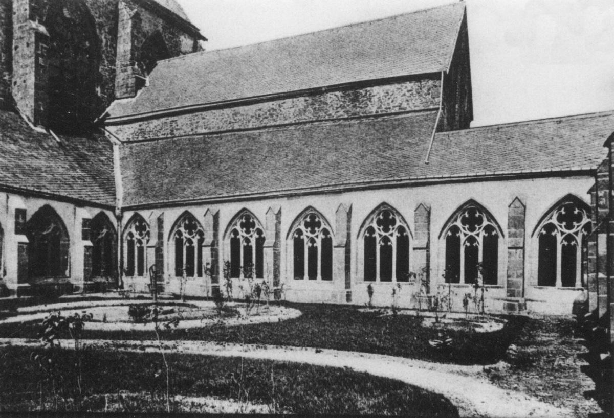 1894-Stiftskirche-Kreuzgang