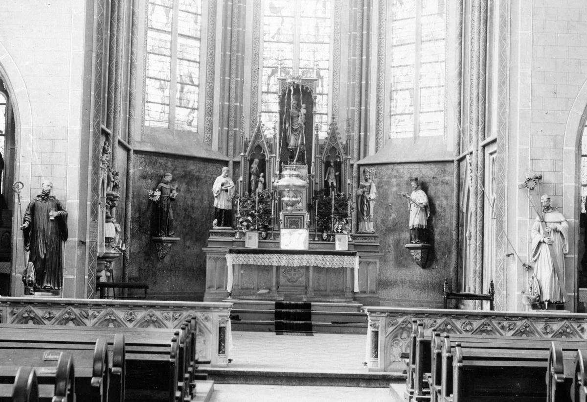 1897-Chorraum