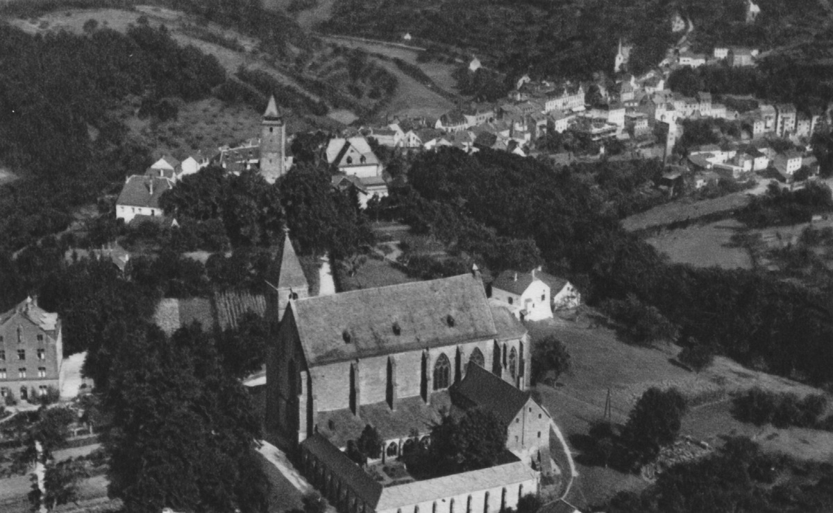 1930-Stiftskirche-Luftaufnahme