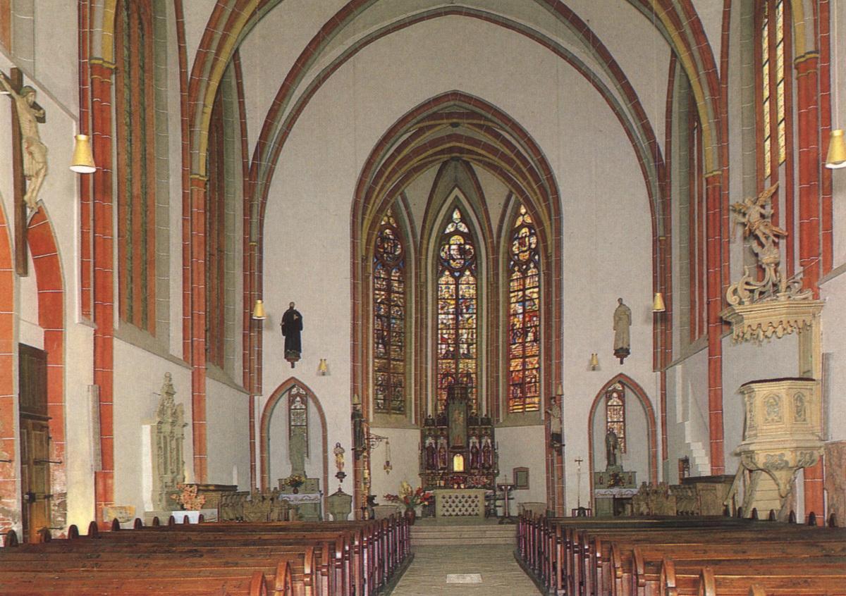 1990-Stiftskirche-Innen-neu
